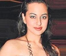 Sonakshi opts out of 'Race 2' for Dabangg sequel