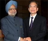 PM meets Wen; says India wants 'best of relations' with China