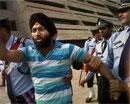 Sharad Pawar caught in slap trap