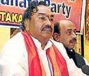 BJP issues showcause notices to Reddy brothers' loyalists