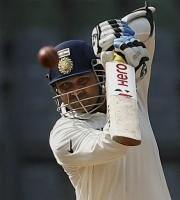 India 148/4 at tea, need another 95 to win third Test