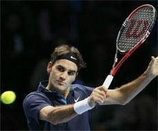 Federer clinches 70th career title at ATP Finals