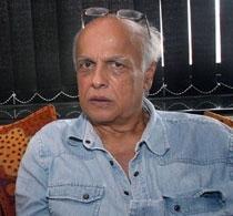 Casting Sunny for emotional edge, not body: Mahesh Bhatt
