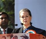 Sonia ready to fight for Lokpal, women's quota bills