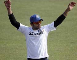 Virat shows middle finger to SCG crowd, may face action