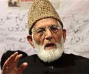 Geelani opposes fatwa to expel Christian priests