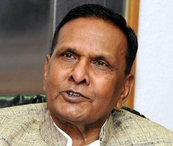 After Khurshid, another minister promises quotas in UP