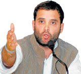 Rahul scales down Cong hopes in UP