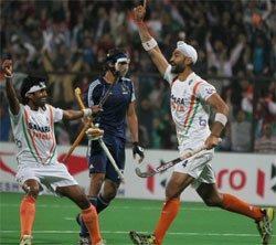 Fiery India blow France away