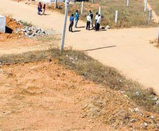 'Rs 2-lakh cr' land scam rocks Wakf Board