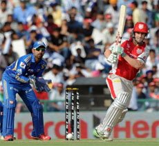 Peterson, Rayudu steal win for Mumbai with incredible hitting
