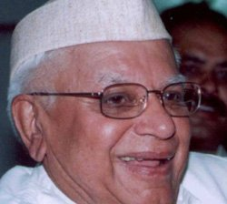 Paternity suit: Court allows use of force against Tiwari