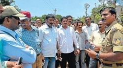 Villagers foil ex-servicemen's attempt to clean land ment for 'sites'