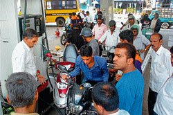 Gen 'Y' gets petrol advise