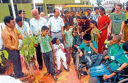 Plant fruit-bearing saplings for benefit of society: Zoo director
