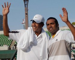 Paes to partner Bhupathi at London Olympics