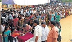 Mandya: Massive turnout at job mela