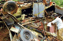 7 killed, 16 hurt in accident