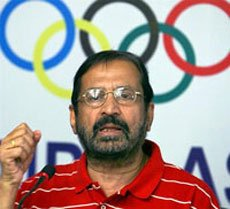 Kalmadi's presence would be encouraging: athletics coach