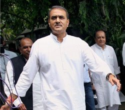 NCP decides not to walk out of UPA