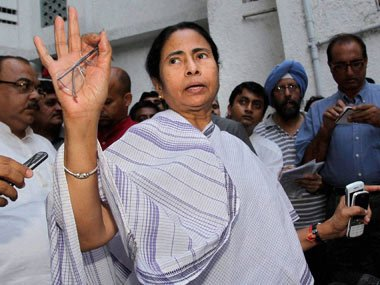 Mamata indicates end of alliance with Congress in Bengal