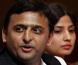 We are not against FDI in retail: Akhilesh Yadav