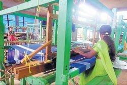 Handloom industry spreads wings in villages