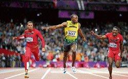 Showman Bolt fastest in world again