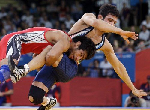 India draw a blank as grapplers Amit, Narsingh crash out