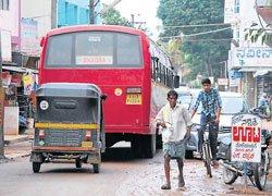 Traffic snarls turn into nuisance