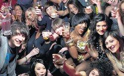 Binge drinking students happier than teetotallers