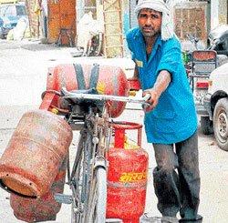 Poor to get LPG cylinders
