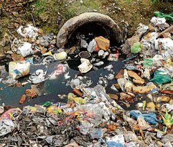 Residents complain of no fogging, cleaning by MCD