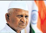Hazare targets both Congress and BJP on corruption