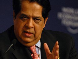 Kamath disagrees with SBI Chairman, says CRR is not an issue