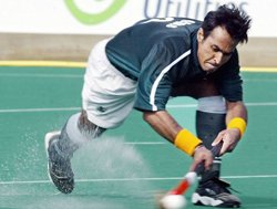14 Pak players for HIL