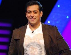 Salman Khan joins Facebook