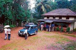 Maoists descend on Sakaleshpur, seek food from residents
