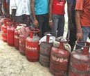 Congress asks states to raise cooking gas cap ahead of strike