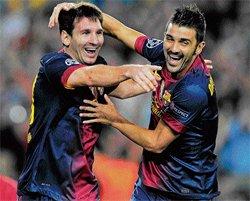 Oscar's night at Chelsea; Barca win