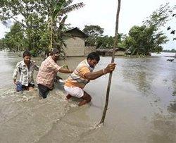 Floods, landslides displace 1 million in northeast; 33 dead
