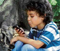 Don't let children overuse those cell phone apps