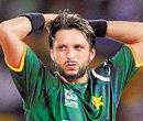 Hafeez defends under-fire Afridi