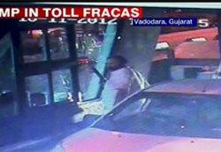 Gun-toting lands Gujarat MP in soup