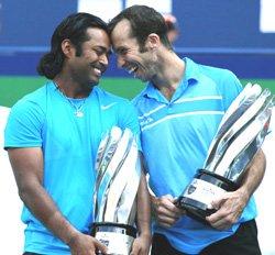 Paes-Stepanek down Bhupathi-Bopanna to win Shanghai Masters