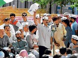 Kejriwal rubbishes Khurshid's claims