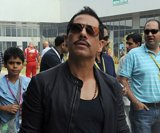 Probing Vadra: Ousted official says transfer 'unfair'