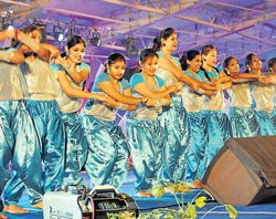 Managing fair, donning roles no child's play