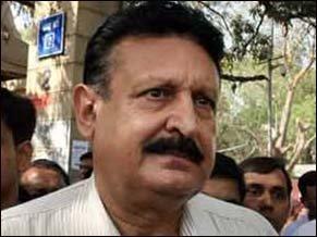 CBI carries out raids, registers case against Tejinder Singh