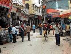 CM promises electricity  to Russell Market